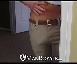 HDManRoyale Voyeur hunk watches his roommate bathHD